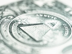 pyramid dollar